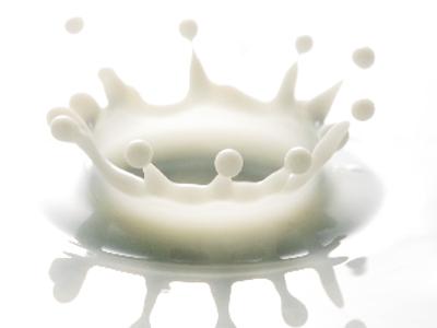 乳脂肪4%という高い乳成分からなる濃厚なこくと、ほんのりした甘み。